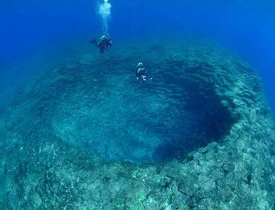 В глубинах Тихого океана обнаружен спящий «монстр»