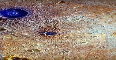 В кратере Меркурия обнаружены загадочные синие пирамиды